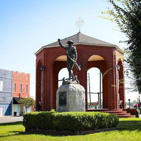 Waycross, Georgia - Statue